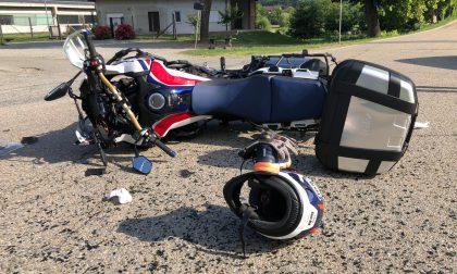 Schianto auto contro moto a Lauriano: motociclista gravissimo