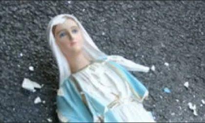 Statua della Madonna lanciata in strada