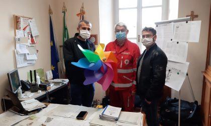 Acquistando una girandola si aiuta la Croce Rossa