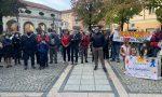 I cittadini vogliono le dimissioni del sindaco: la protesta in piazza IL VIDEO