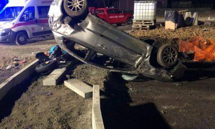 Morto il bimbo di 5 anni sbalzato dall'auto nell'incidente di Caluso