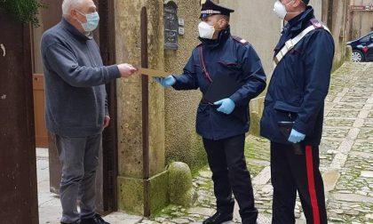 Agli anziani la pensione la consegnano i carabinieri