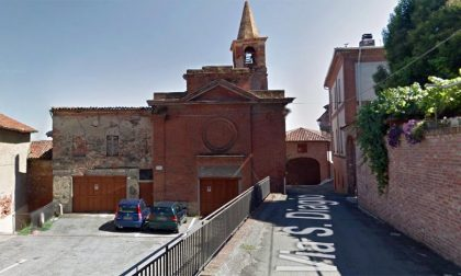 Crollato un campanile in pieno centro storico in provincia di Alessandria