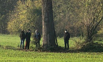 Trovato cadavere in campagna, identificata la vittima
