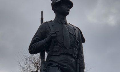 A Chivasso rubano la «baionetta» degli Alpini
