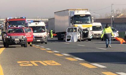 Incidente sulla autostrada A4 a Volpiano Sud, code in direzione Torino
