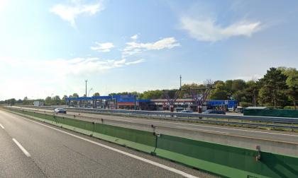 Auto contromano sull'autostrada A4 Torino Milano