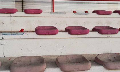 Il campo sportivo nel mirino dei vandali