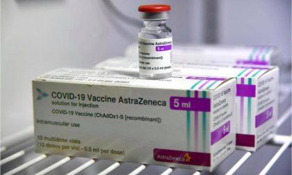 Bloccato precauzionalmente in tutta Italia l'uso del vaccino Astrazeneca, tutti i lotti compresi