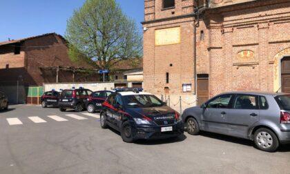 Non si ferma all'alt dei carabinieri, inseguimento da film LE FOTO