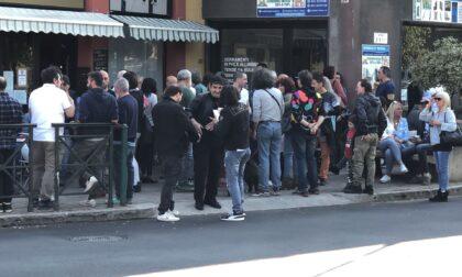 Aperitivo dissidente a La Torteria nonostante la chiusura del Prefetto LE FOTO