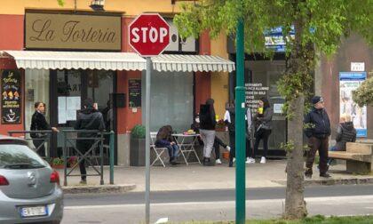 """Bar """"La Torteria"""" aperto, Disobbedienza civile Spritz ora esplode la protesta LE FOTO"""