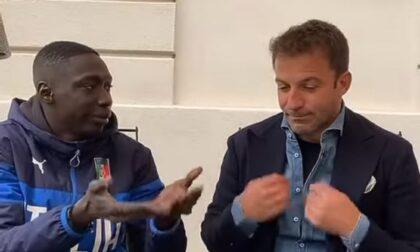 Il chivassese Khaby Lame in un Tik Tok con Alex Del Piero