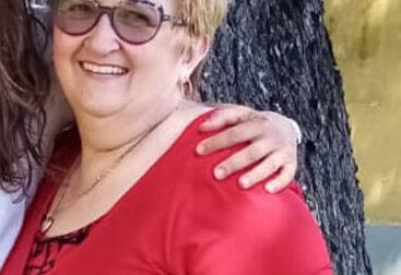 La scuola  saluta la maestra Egle: è arrivata la pensione