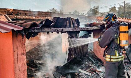 Incendio in una legnaia a Saluggia