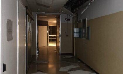 Raffiche di vento, crolla il soffitto dell'ospedale
