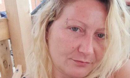 Donna di Crescentino uccisa a coltellate: la data dei funerali