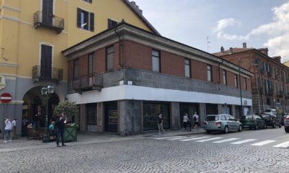 Rivoluzione in via Torino a Chivasso: all'ex Ovs in arrivo un sushi bar