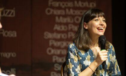 """L'autrice dei romanzi """"L'Allieva"""" arriva a Chivasso"""